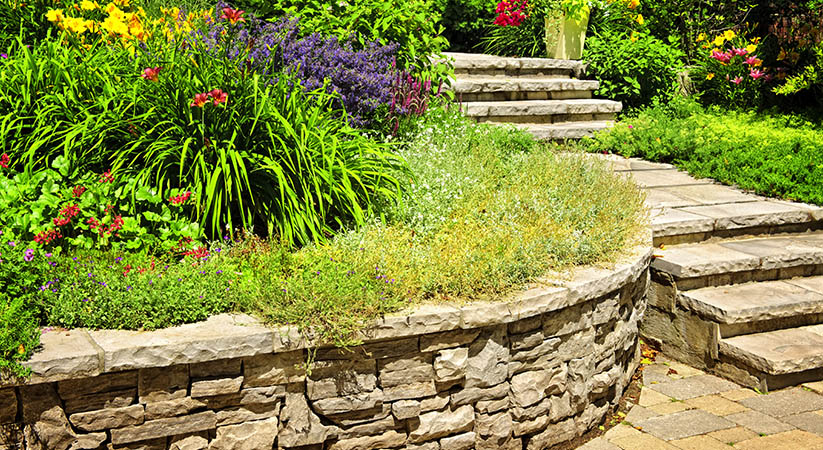 Make the Most Out of Retaining Walls with the Help of Retaining Wall Contractor